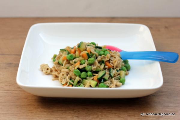 Mienudeln mit Wokgemüse und Kokosmilch - Rezept für Kleinkinder