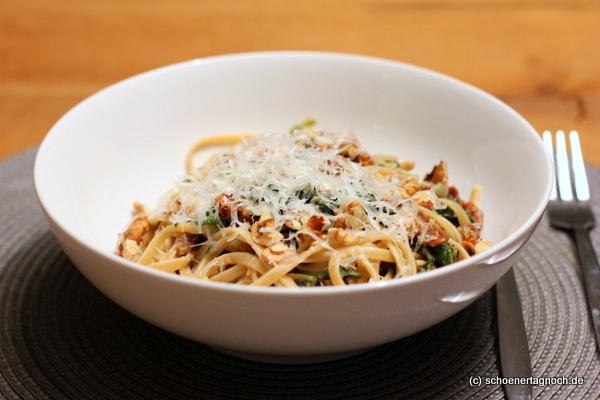 Rezept für Linguine mit Spinat, getrockneten Tomaten und Walnüssen