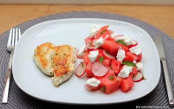 Wassermelonen-Radieschen-Salat mit Ziegenfrischkäse