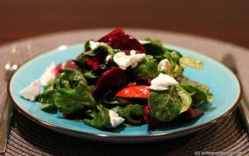 Herbstgratin & herbstlicher Ackersalat mit Roter Bete, Kürbis und Ziegenfrischkäse