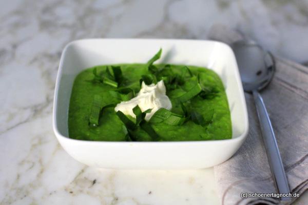 Bärlauch-Erbsen-Suppe mit Schmand
