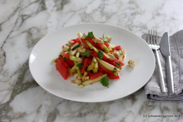 Wassermelonen-Apfel-Salat mit Limettendressing