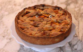 Mürbe Mumie:  Apfel-Kürbis-Kuchen mit Ingwer für Halloween