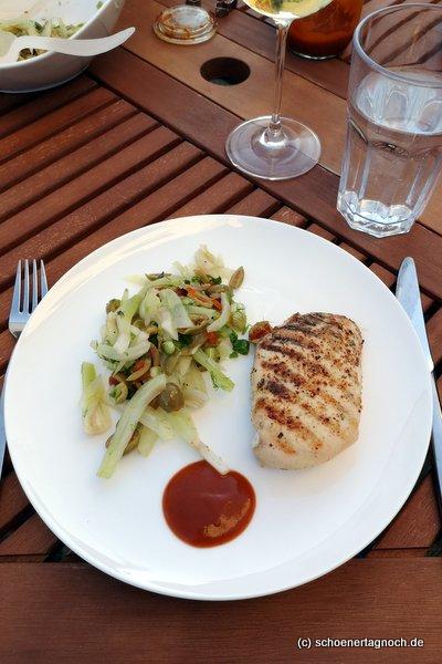 Fenchel-Oliven-Salat, ideal als Beilage zum Grillen
