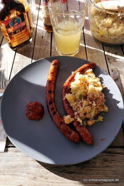 Kichererbsen-Couscous-Salat mit Limetten-Honig-Dressing