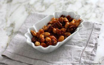 Geschenke aus der Küche: Honig-Salz-Nüsse