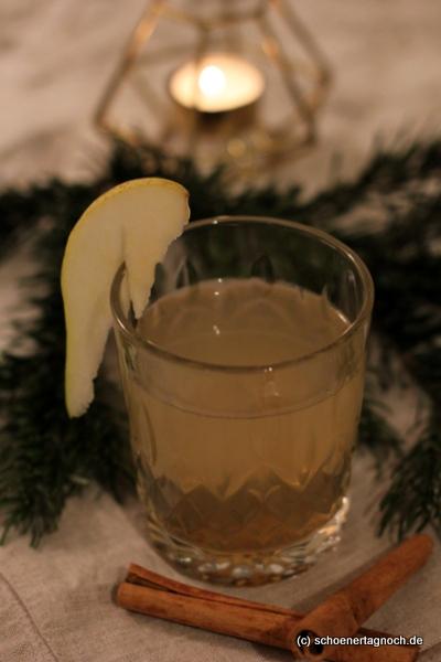 Winter Gin & Tonic mit Birnensaft und Zimtsirup