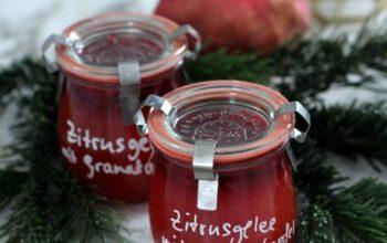 Geschenke aus der Küche: Zitrusgelee mit Granatapfelkernen