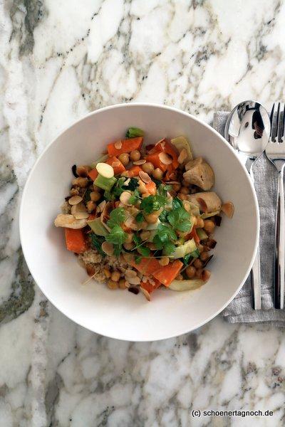 Hähnchen-Süßkartoffel-Kichererbsen-Curry mit Couscous