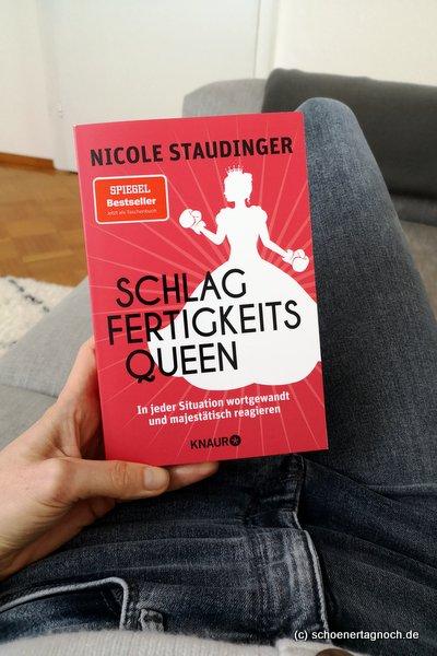 """""""Schlagfertigkeitsqueen"""" von Nicole Stauinger"""
