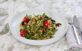 Couscous-Spargel-Salat mit Rucola und Kirschtomaten
