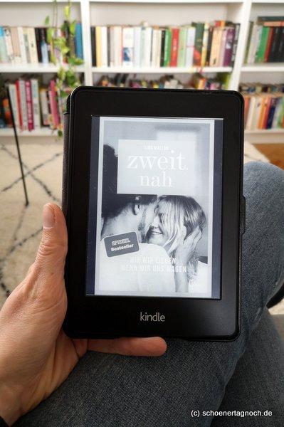 """Buch """"zweit.nah"""" von Lina Mallon"""