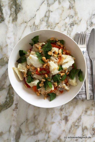 Reisnudelsalat mit Kabeljau, Kirschtomaten und Karotten