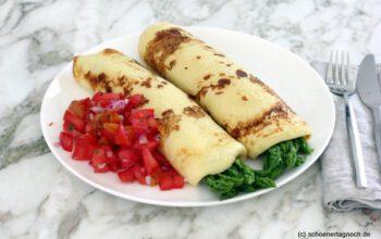 Spargelcrêpes mit Tomatensalsa