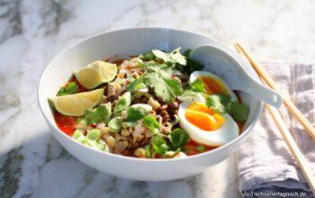 Curry Noodles mit Hackfleisch