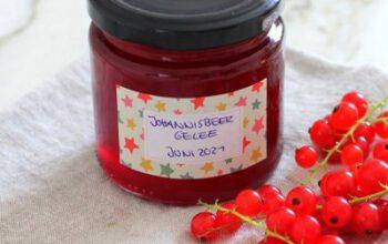 Johannisbeergelee aus roten Johannisbeeren